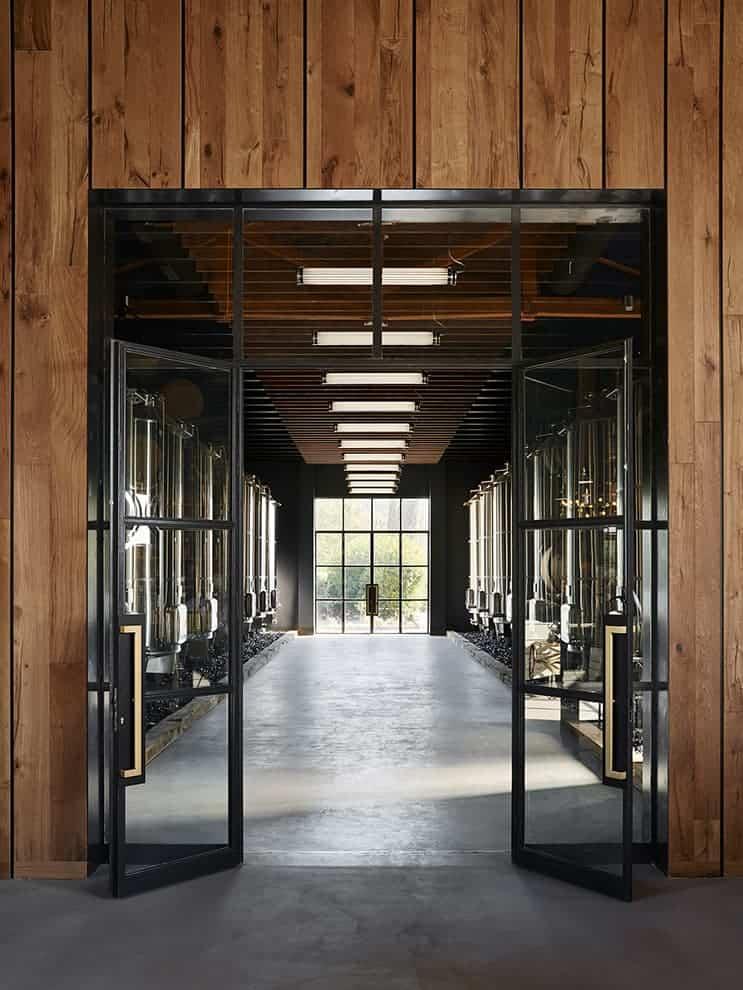 Cuves de vin – Hôtel UP par Humbert & Poyet
