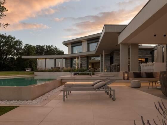 Architecture d'intérieur réalisée par l'Agence Damien Carreres. Architecture Thomas Vielliard et Jacques Francheteau