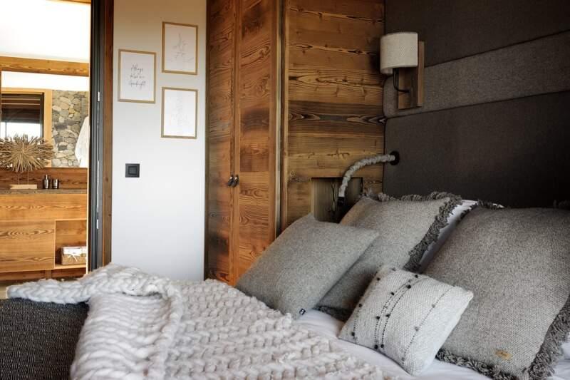 Chaque chambre a sa propre identité, personnalisée par les textiles confectionnés sur-mesure
