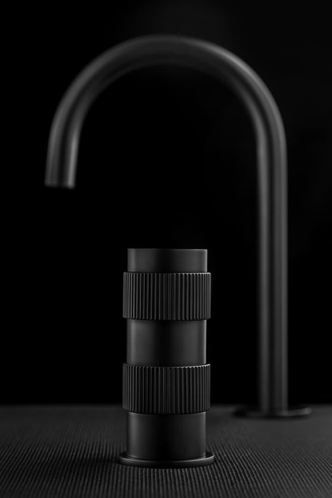 Commande de robinets hydroprogrossive Reflex. Design Pierattelli Architetture – IB Rubinetti