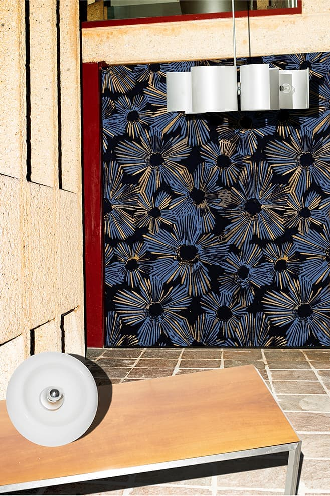 Papier peint vinyle Gustav. Design Paolo Badesco Costantino Affuso – Wall&Decò