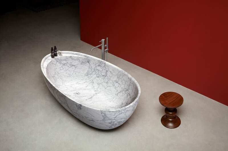 Baingoire en marbre Eclipse – Design Marco Di Paolo – Antoniolupi