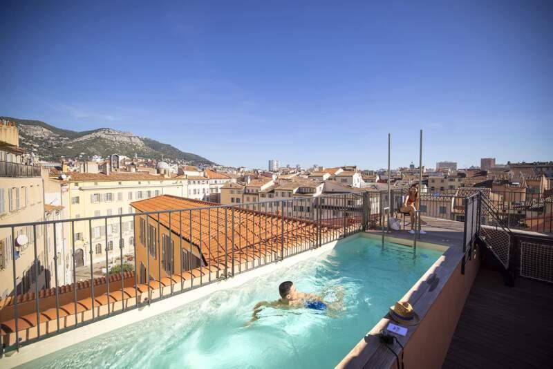 Rooftop piscine – LEautel Toulon Port