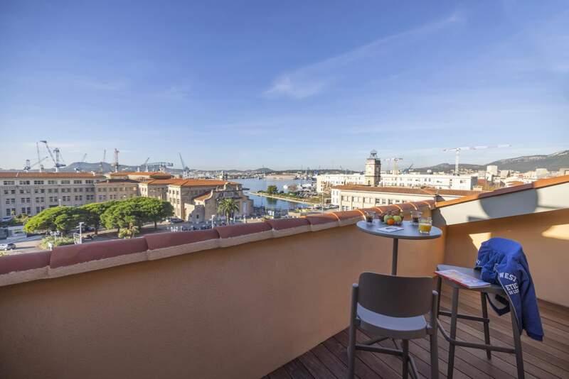 Terrasse chambre – L'Eautel Toulon Port