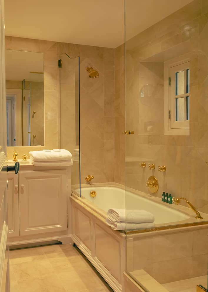 Hôtel La Ponche – Saint-Tropez -Chambre Deluxe vue sur mer – Chambre Architecte d'intérieur Fabrice Casiraghi